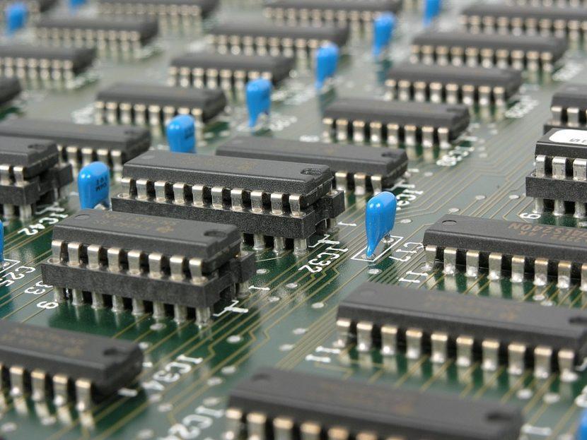 О стратегии развития электронной промышленности и факторах экспортного роста
